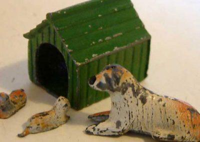 Barrett Dog, Puppies & Kennel