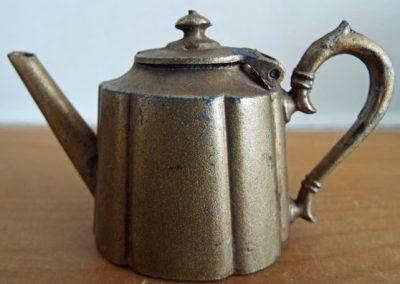 Britains-Teapot