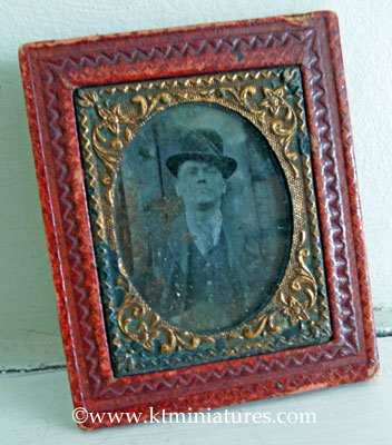 Old-Leather-Framed-Photo