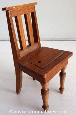 Schneegas-Chair-Missing-Seat-Pad2