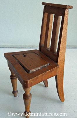 Schneegas-Chair-Missing-Seat-Pad3