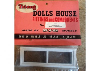 "RARE! c1960s Tri-ang Spot-On Unopened Packet – ""No. 1153 Contemporary Small Two Light Window ""@ £19.00"