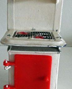 Vintage Barrett Metal & Plastic Cooker @ £24.00