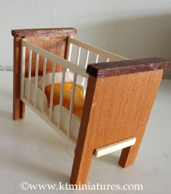 barton-cot-and-baby4