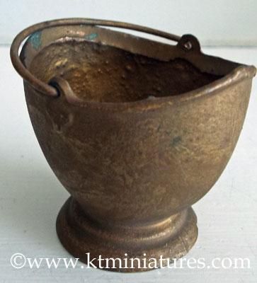 britains-coal-scuttle-miniature