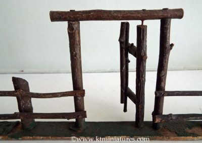 c1930s-Miniature-Fence-&-Gate2