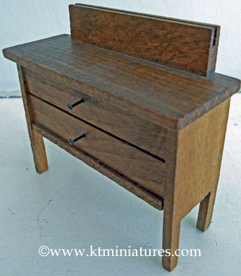 german-dressing-table3