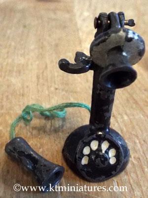 t&b-phone-4