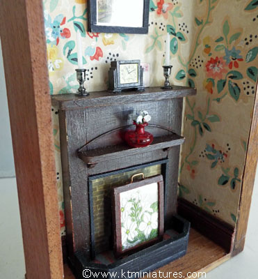 the-fireplace-room-box8