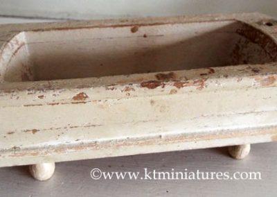 vintage-German-miniature-wooden-bath6