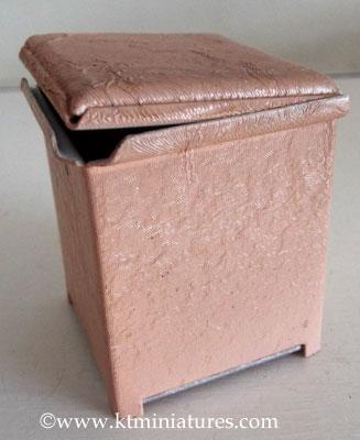 vintage-pink-laundry-bin3