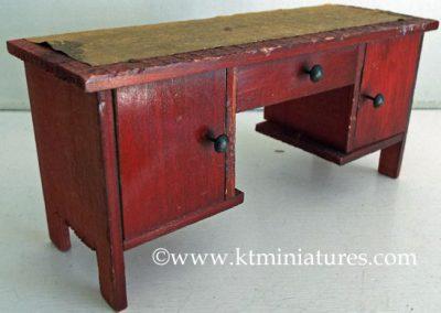 vintage-wooden-desk3