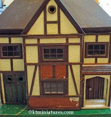 G&J Lines Dolls House No 74